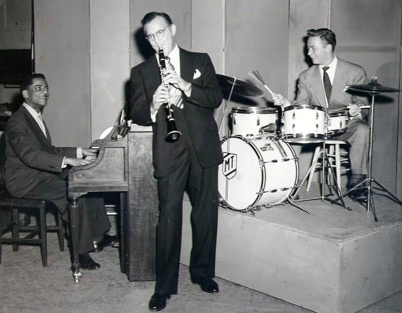 Benny Goodman, playing on the most important jazz instruments, the clarinet.