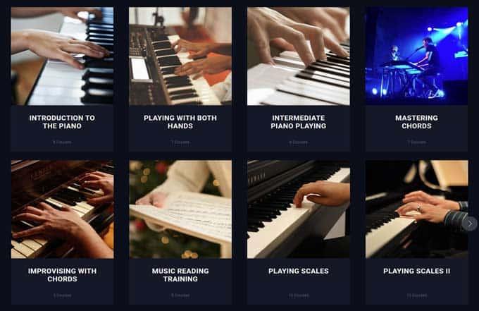 Flowkey piano courses.