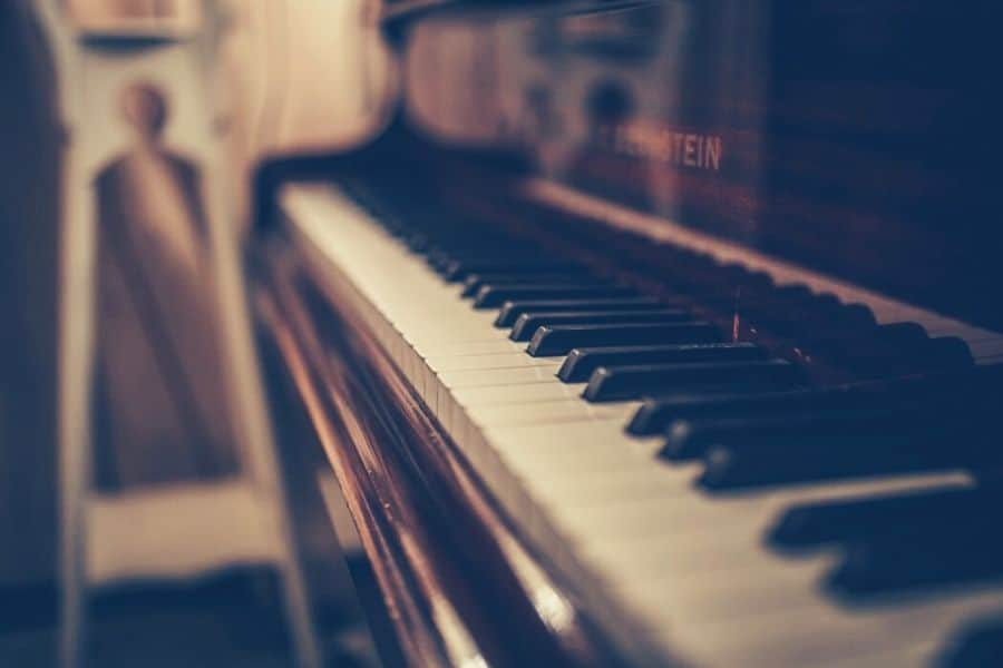 Easy Songs To Play On The Piano For Beginners