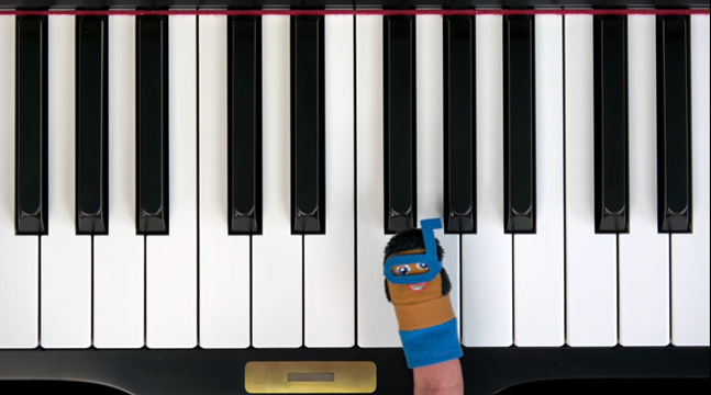 Piano finger puppets.