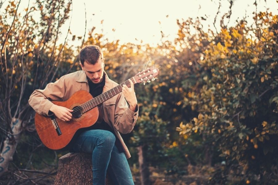 best online classical guitar lessons